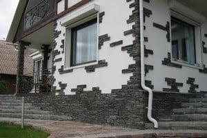 Интересная облицовка дом с камнем