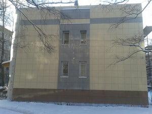Дом, полностью облицованный керамогранитом