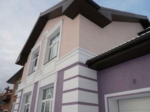 Облицовка дома фасадной штукатуркой