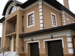 Окрашенный частный дом
