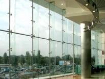 Стена из стекла