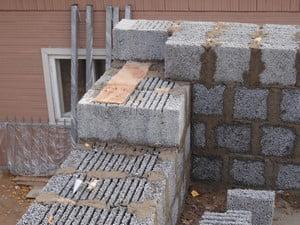 Стройка дома из керамзитблоков