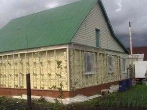 Утепленный дом с наружной стороны