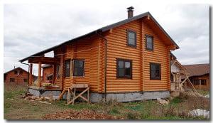 Фасад дома из сосны