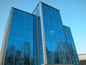 Остекленный фасад