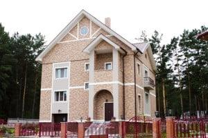 Отделка дома панелями KMEW